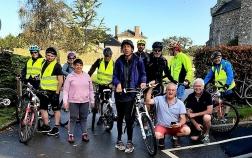 Ils se sont surpassés pour aller au bout de leur défi à vélo
